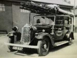 1937 20/25? Fire Engine